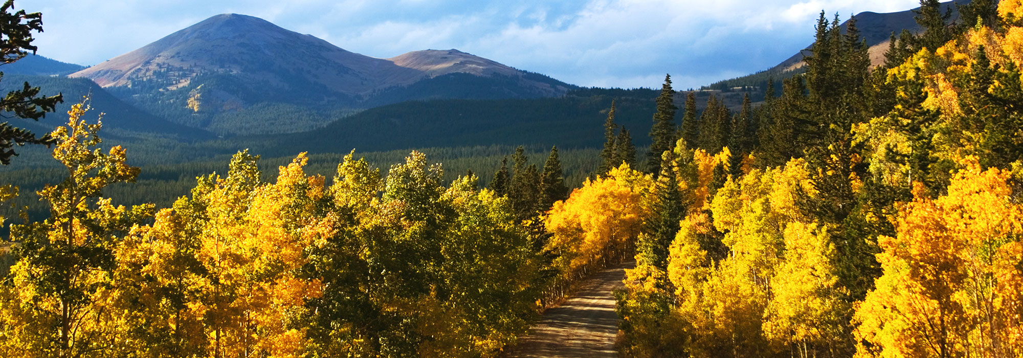 8 Fall Hikes in Breckenridge, CO | Colorado Fall | Paragon Lodging